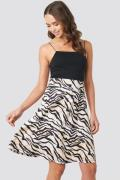 NA-KD Printed Jersey Skirt - Beige