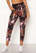 Happy Holly Petra pants Patterned 44/46