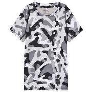 NIKE Camo Print T-Shirt Grey XS (6-8 years)